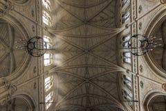 церковь потолка богато украшенный стоковая фотография rf