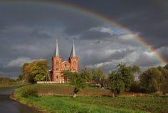Церковь святой троицы в деревне положительных величин Беларуси Стоковая Фотография