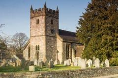 Церковь святой троицы, Ashford в воде стоковое фото rf