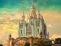 Церковь священного сердца Иисуса, устроенного на саммите держателя Tibidabo в Барселоне, Каталония, Испания Стоковое Изображение RF