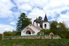 Церковь троицы в деревне Byokhovo построенном в 1906 на проекте v Polenov Стоковая Фотография RF