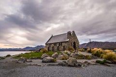 Церковь хорошего чабана, Новая Зеландия церковь хорошего чабана расположена на берега озера Tekapo Стоковое фото RF
