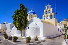 Церковь церков St Epifanios христианская, Akrotiri, Santorini Thir стоковые фотографии rf
