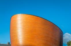 Церковь часовни безмолвия или Kamppi в Хельсинки Финляндии Стоковая Фотография