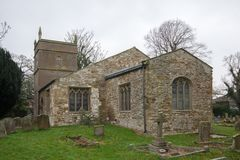 Церковь Alveringham St Mary стоковые фотографии rf