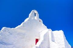 Церковь Paraportiani XIV века на острове Mykonos стоковая фотография rf