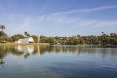 Церковь São Франсиско de Assis - озеро Pampulha Стоковые Фотографии RF