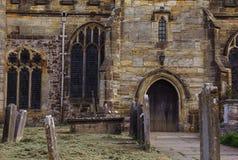 Церковь St Laurence - Hawkhurst - v - стоковые фото