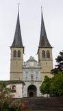 Церковь St Leodegar, Люцерна, Швейцарии стоковое фото
