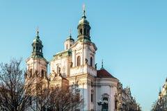Церковь St Nicholas на Праге, чехии стоковая фотография rf