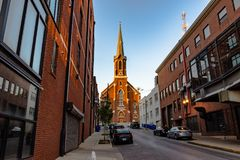 Церковь St Paul на конце переулка Стоковое фото RF