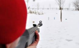 Цели человека с винтовкой Стоковое фото RF
