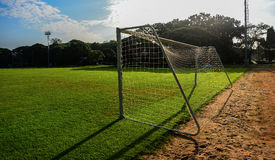 Цель футбола в футбольном поле Стоковая Фотография