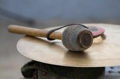 Цимбала и drumstick Стоковое Изображение RF