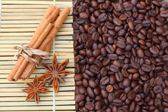 Циннамон кофе и анисовка звезды Стоковая Фотография RF