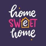 Цитата литерности вектора домашней сладкой домашней руки фразы вычерченная Современное оформление Изолированный на фиолетовой пре бесплатная иллюстрация