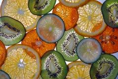 Цитрусовые фрукты и куски кивиа Стоковое Изображение