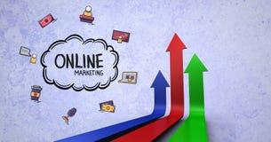 Цифровое изображение онлайн текста и символов маркетинга с стрелками против голубой предпосылки Стоковые Изображения