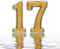 Цифр 17, 17, отраженное на изолированной поверхности воды, Стоковые Фото
