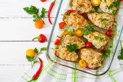Цыпленок заполненных перцев семенить Стоковые Изображения
