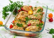 Цыпленок заполненных перцев семенить Стоковые Фотографии RF