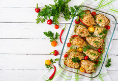 Цыпленок заполненных перцев семенить Стоковые Фото