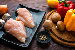 Цыпленок и гарнирует Стоковая Фотография RF