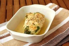 Цыпленок с шпинатом и сыром коз Стоковые Фото