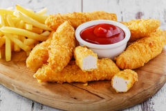 Цыпленок stripsy стоковая фотография