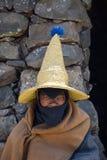 Чабан Besotho перед его хатой стоковое фото