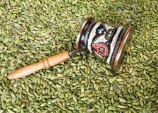 Чайник и кардамон Стоковые Фотографии RF