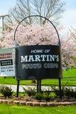 Чайник черноты картофельной стружки Мартина Стоковые Изображения