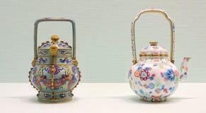 Чайник эмали Китаев старый стоковые фото