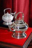 Чайник Silverware стоковые изображения rf