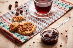 Чай, варенье и печенья Стоковая Фотография