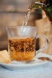 Чай в чашке Стоковые Фотографии RF