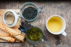 Чай и вафля Стоковое Фото