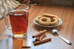 Чай и печенья Стоковое Фото