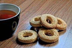 Чай и печенья Стоковые Фотографии RF