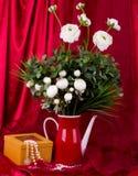 чай красной весны бака цветков Стоковые Изображения RF