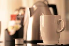 чай кухни оборудования чашки Стоковое Изображение
