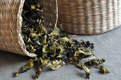 чай листьев корзин Стоковая Фотография RF