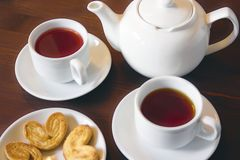 Чай плодоовощ в белых чашках Стоковая Фотография RF