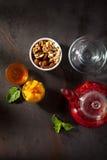 Чай приправленный ягодой Стоковые Фото