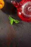 Чай приправленный ягодой Стоковые Фотографии RF
