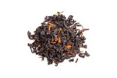 Чай при лепестки сафлора и гибискуса изолированные на белизне Стоковая Фотография