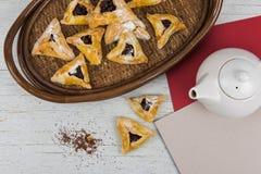 Чай, плюшки с вареньем Стоковая Фотография