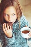 Чай ребенка выпивая Стоковое Изображение RF