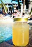 Чай со льдом на горячий день Стоковая Фотография RF