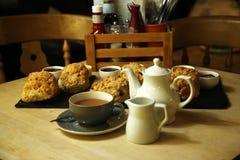 Чай сливк Девона очень вкусный Стоковые Изображения RF